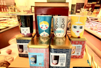 Les tasses Folklores en porcelaines